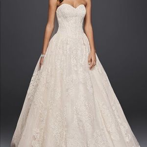 OLEG CASSINI WEDDING BALL GOWN WITH LACE APPLIQUES